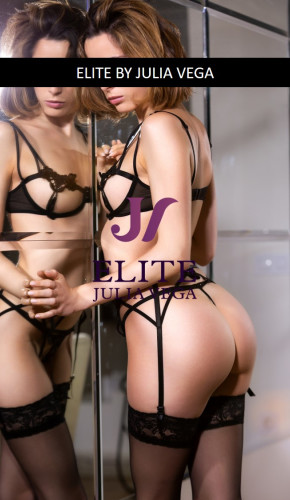 Elite escort madrid natural breast 2