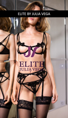 Elite escort madrid natural breast