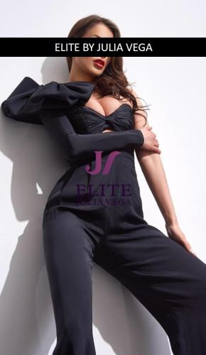 Serena Luxury Escort London Natural breast 3