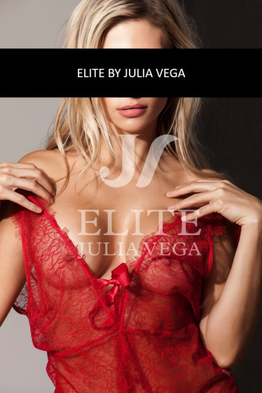 Elena escort Colombiana Madrid rubia beauty