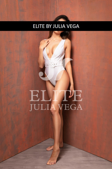 Celia escort lujo madrid escort natural escort VIP  11